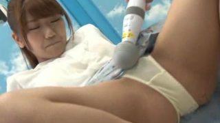 【マジックミラー号】女子アナになる女子大生のカオルさんにHな研修で淫語満載のニュースを読ませ感じさせる!