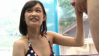 【マジックミラー号】ビキニ美女の手コキにスグにイキそうになる童貞くん!(竹内真琴)<企画/素人>