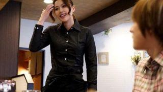 【企画】黒服に身を包んだスレンダー美女のカフェ店員をナンパしSEXを隠し撮りwww・