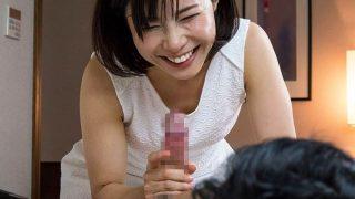 【企画】熟女たちが歳を重ねるごとに増す性欲で若くエネルギッシュな若者を強引にナンパ!*