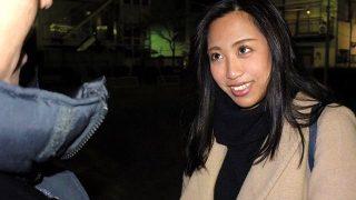 〔盗撮〕喫茶店で働く22歳「エマちゃん」アジアン・ビューティーで小麦色の巨乳がエロいwww*