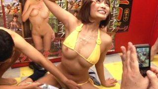 【企画】キララ嬢が濃厚精子をブッかけを受けながら行うファン撮影イベント!