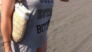 〔人妻〕Tシャツ越しで分かる巨乳をした奥さまをナンパして妊娠覚悟の中出しSEX!