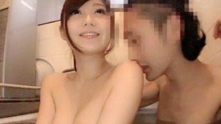 〔石原莉奈〕SSS級の人気AV女優が一般男性宅にお邪魔して風呂に入ってフェラ!
