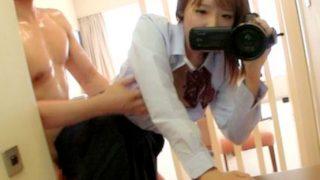 有名女子校に通うヤリマン女○校生のビデオカメラで撮影した生々しいハメ撮り流出動画!【企画】