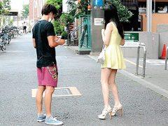 清楚系が集まる都内某所にてスカートから覗くおみ足が魅力的な女子に声を掛けまくり!〔企画〕