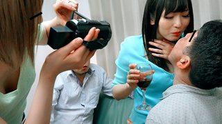 〔麻倉憂〕人見知りでご近所付き合いもなかった嫁が内緒で乱交パーティーに参加してた!