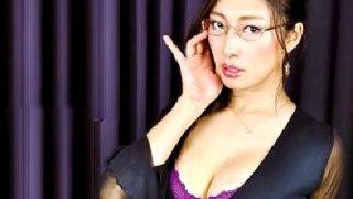 〔小早川怜子〕気品溢れる淑女から放たれる卑猥語で癒される夢のような中出しファック!
