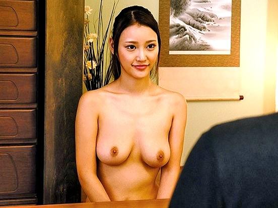 デカパイ奥さまの全裸生活を密着取材‼★★若菜奈央(わかななお)★★