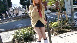 〔素人〕尼崎市ヤンキー娘を捕獲♥卑猥なパイパンマ○コに大量ザーメン中出し❗