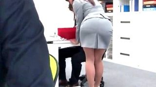 〔痴女〕イケイケOLのオフィス性活‼「部長さんのオチ○ポ挿れて欲しいなぁ…♥」人事部長とハメハメ面接で即合格❗