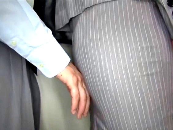 ☆淫乱☆チカンされて感じちゃったオバちゃん!!★★澤村 レイコ(さわむられいこ)/女優★★