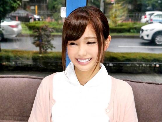 ◆無料動画◇超カワイイ歯科専門学生がザーメンで歯磨き★☆