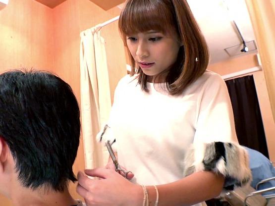 ■無料動画□可愛い美容師さんにいきなり痴女られる神展開●無料動画○